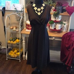 Brown non wrinkling easy on dress